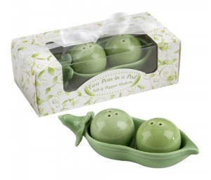 Two Peas in a Pod – Ceramic Salt & Pepper Shakers